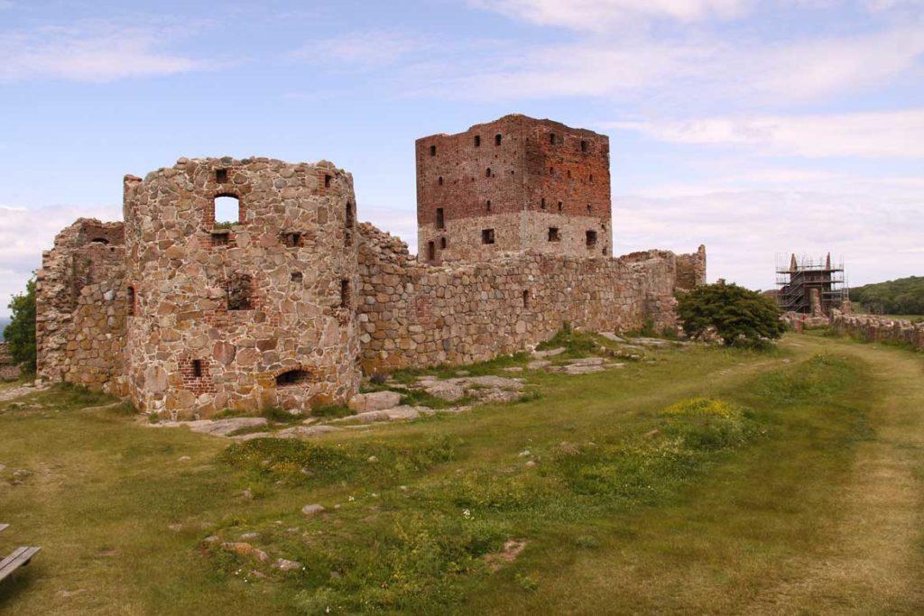 Ruiny twierdzy Hammershus na wyspie Bornholm