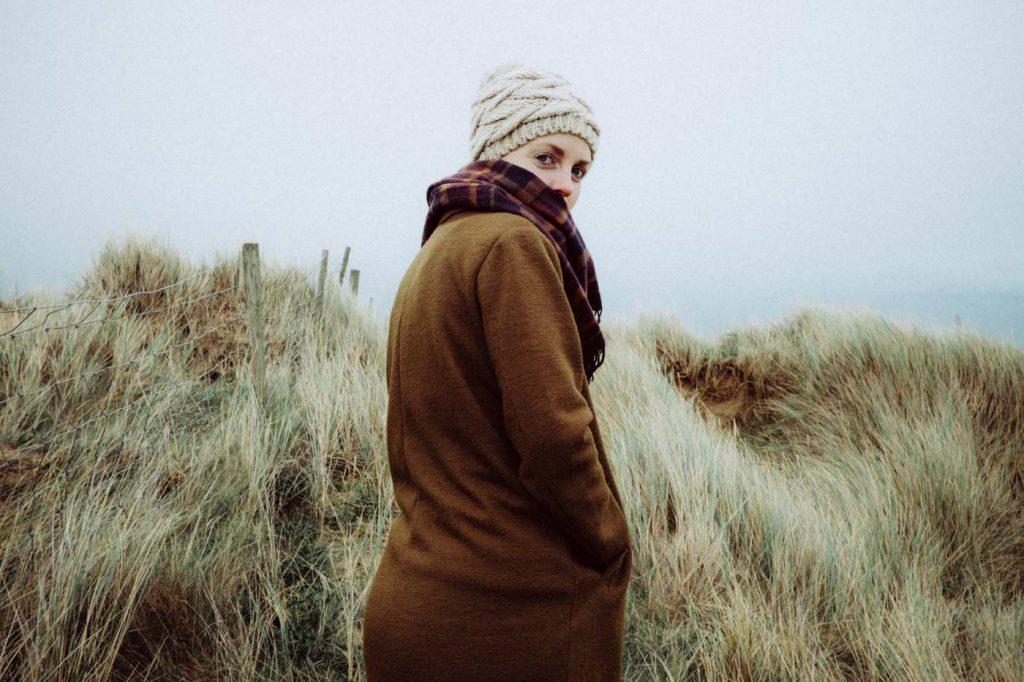 kobieta na spacerze