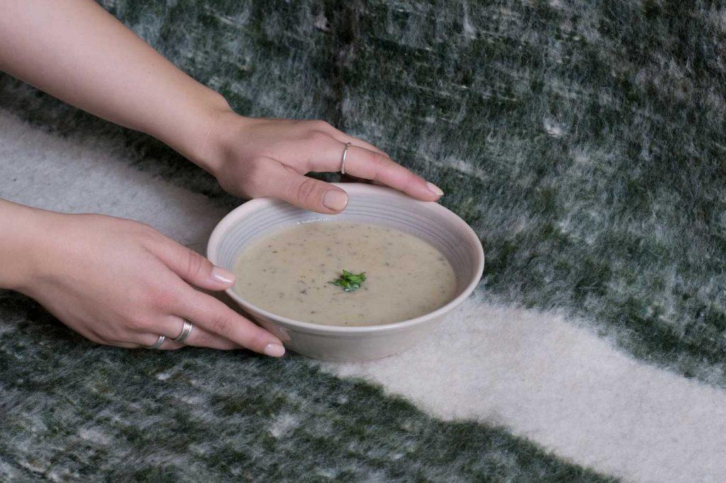 Talerz z zupą grzybową